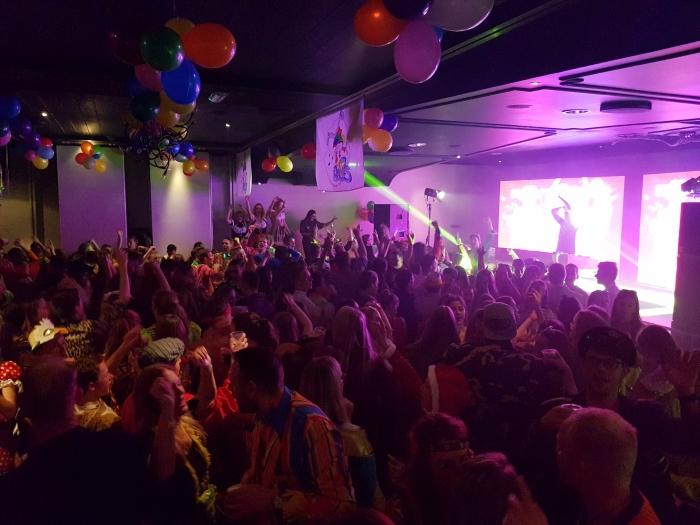 Carnaval vier je Op én Top bij De 11jes