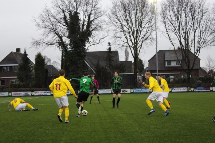 Sprinkhanen wint met 1-5 van GWVV in Varsselder